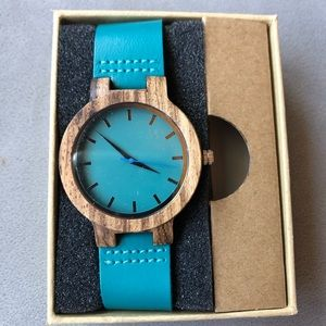 Wood Face Teal Watch ~ Brand New!